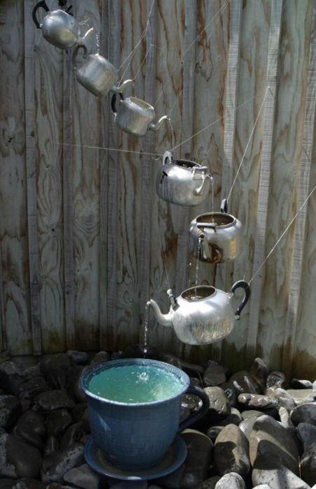 garden sculptures flowerbed spheres wire grapevines bucket decor vegetables flowers backyard6