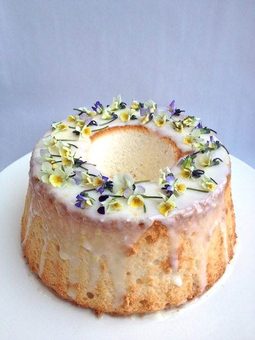 Decorating A Cake With Edible Flowers : Better Housekeeper Blog - All Things Cleaning, Gardening ...