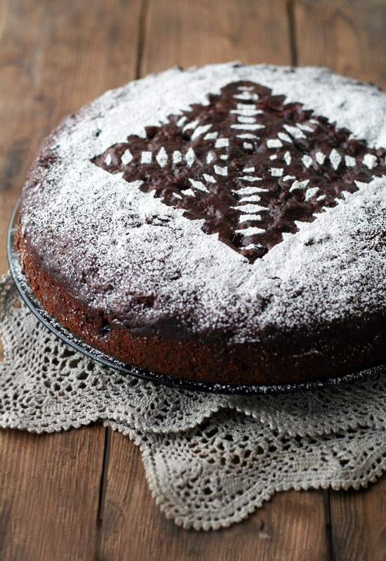 Cake Decoration Using Icing Sugar : Better Housekeeper Blog - All Things Cleaning, Gardening ...
