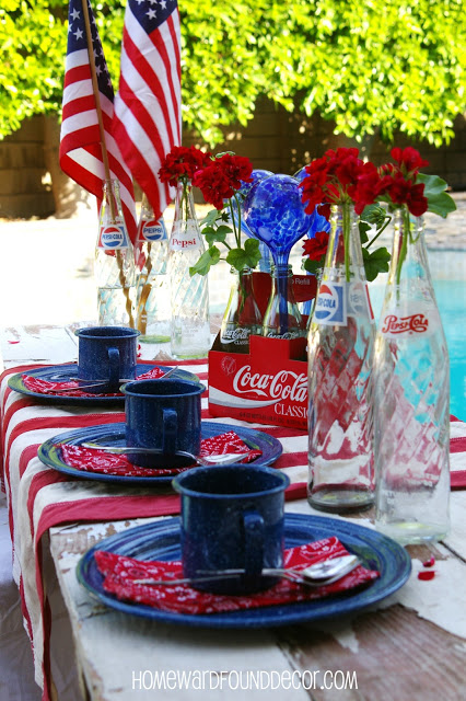 Get Inspired- Take a Look at These 10 Patriotic Outdoor Tables lantered checkered plaid navy napkins rustic diy easy budget6