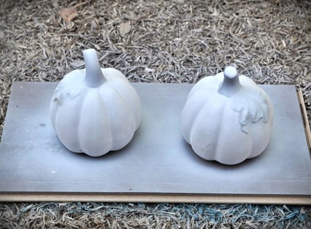 Make These Faux Mercury Glass Pumpkins Using Dollar Store Finds!2