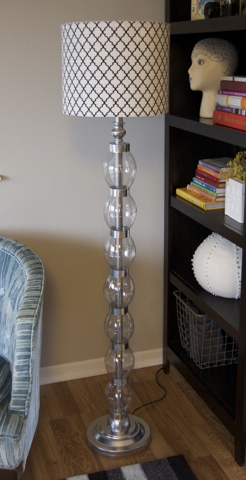 Glam on a Budget! DIY Stacked Glass Ball Bauble Lamp coke bottles plastic spray paint cheap DIY11