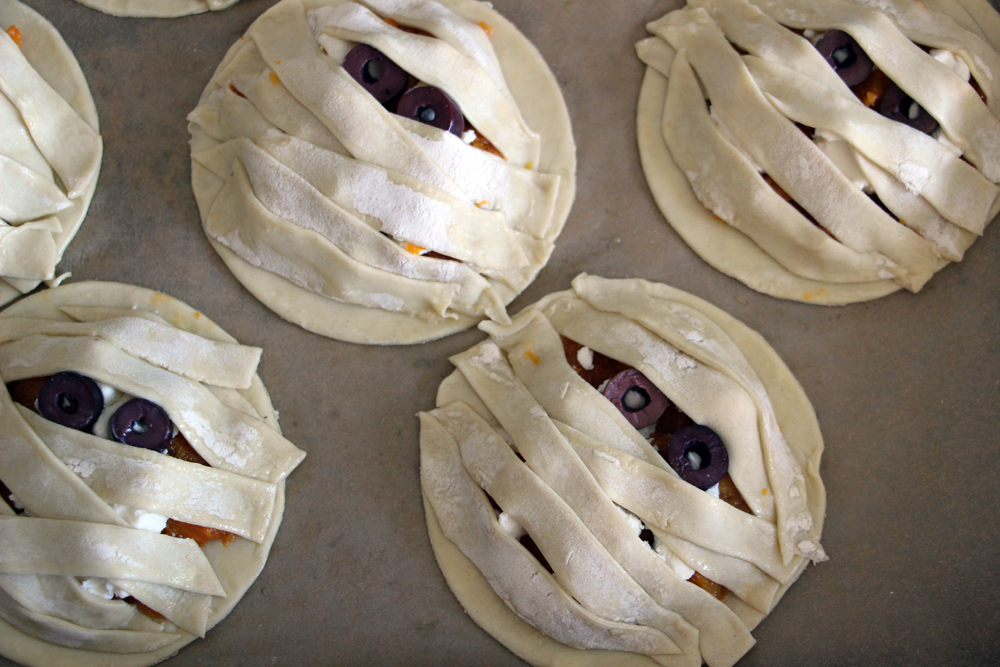 Halloween Recipe- Puff Pastry Butternut Squash and Cheese Tarts! olives goat cheese squash puff pastry11