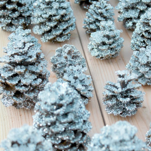 DIY: Glittery Pottery Barn Pinecones budget dollar store glitter cheap easy natural rustic1