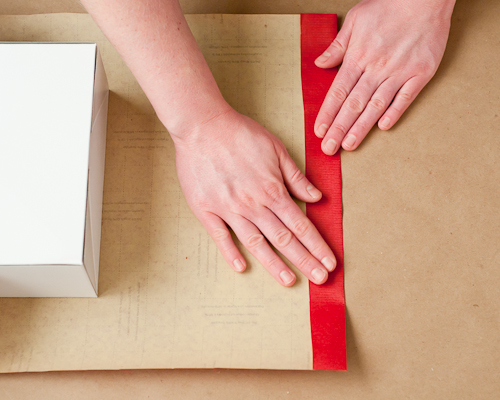 How to Wrap the Perfect Christmas Gift12