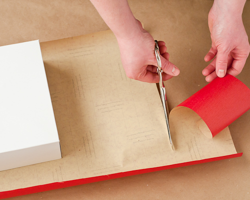 How to Wrap the Perfect Christmas Gift8