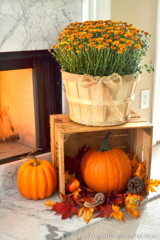 Mantle Decor 101: Take a Look at This Fall Fireplace 2