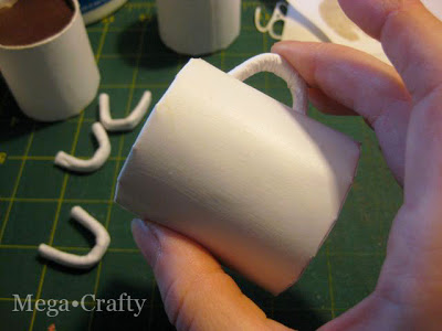 You Won't Believe How Easy it is to Make These Hot Chocolate Mug Ornaments! cardboard tube paper decor craft project holidays mug easy christmas tree31