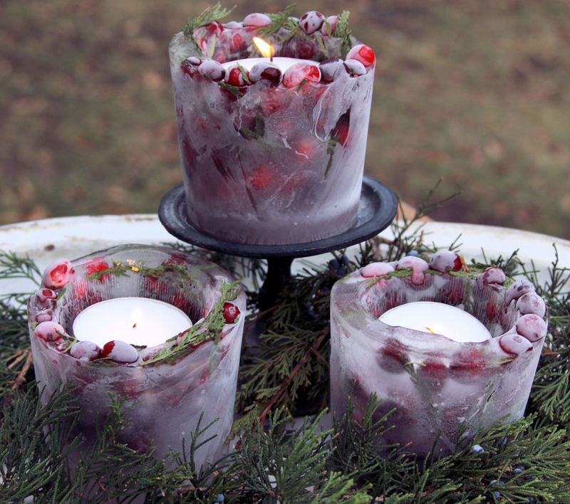 Light Up Your Walkway With These Frozen Lanterns new years holidays decor ideas party greens1