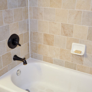 Bathroom Cleaning: How to Remove Mold From Caulk the Easy Way!2