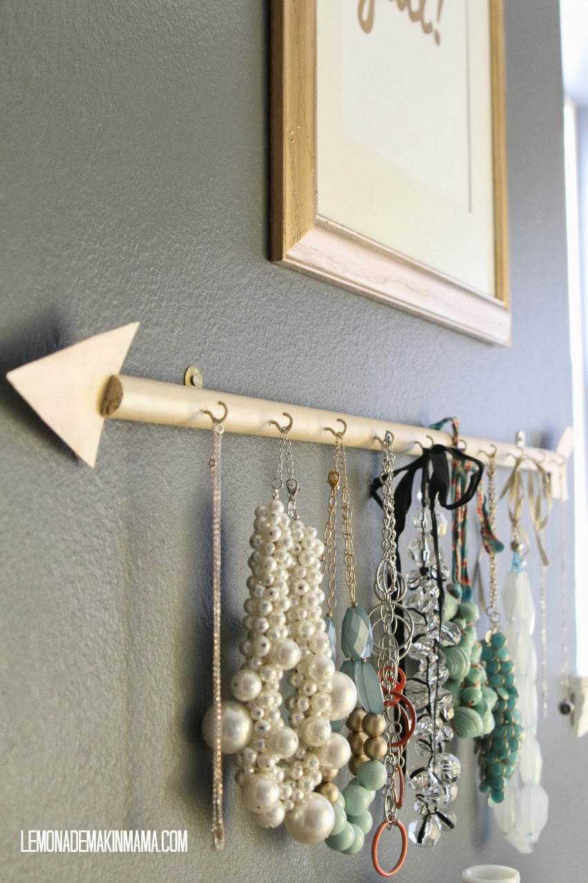 Make This Arrow Jewellery Holder for Under $10! budget cheap organizing easy craft dowel rod wood paint8