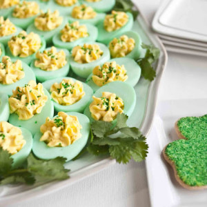 Make These GREEN Deviled Eggs for Your St. Patrick's Day Party!1