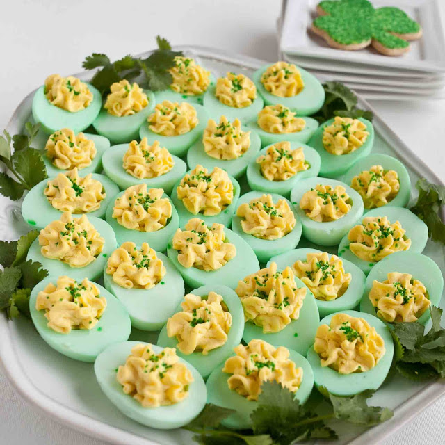 Make These GREEN Deviled Eggs for Your St. Patrick's Day Party!2