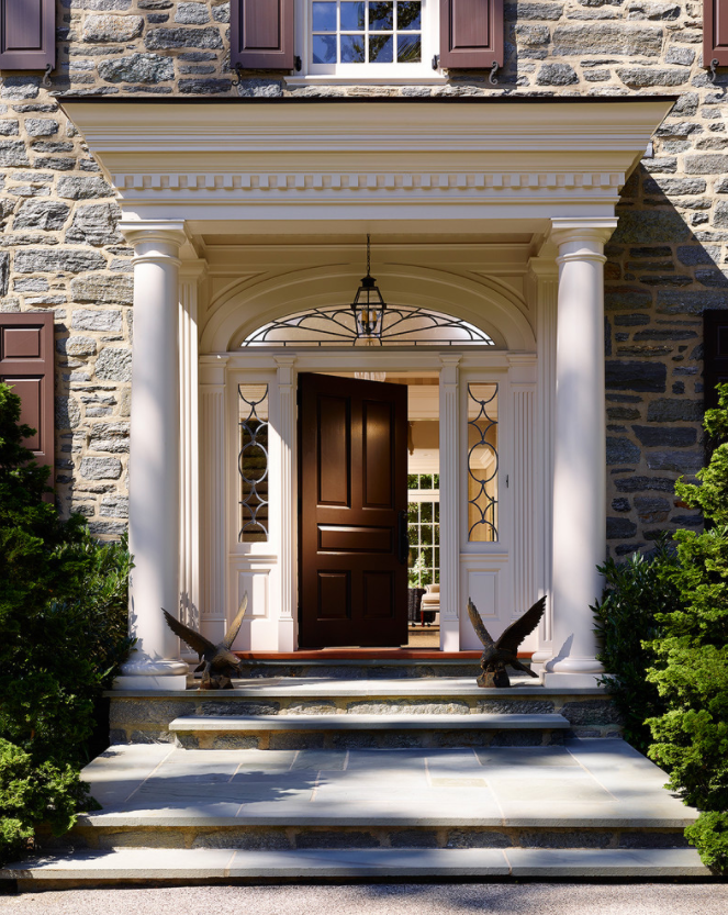 classic-traditional-home-entrance-decorating-ideas