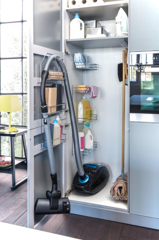 vacuuming keeping floors clean how to