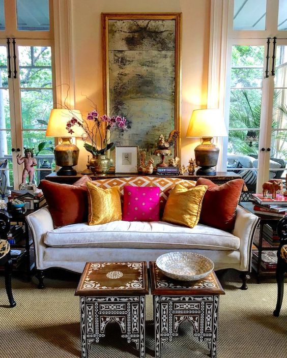 decorating with antiques in the living room