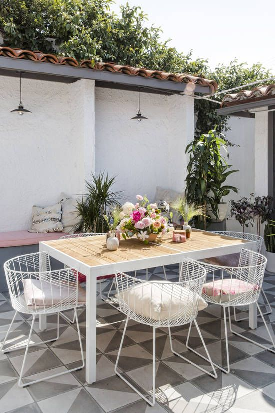 pretty-patio-furniture-ideas-decor-vintage-style