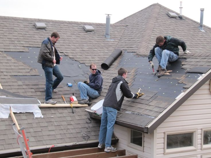 repairing your roof when moving in tips