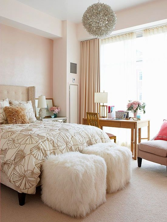 soft-blush-pink-walls-guest-bedroom-decorating-ideas