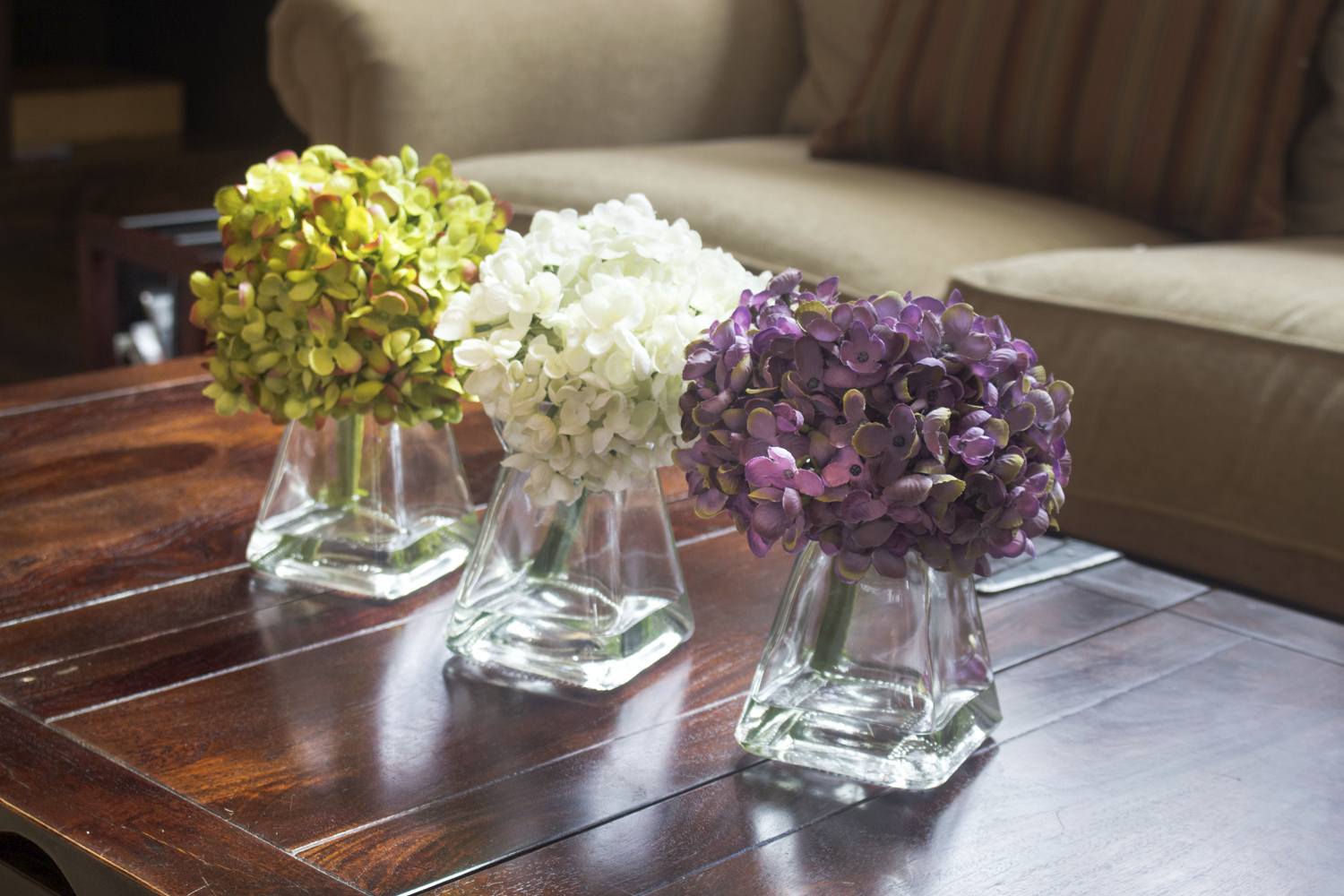 10 Reasons Why Artificial Flowers Are Making A Comeback Better