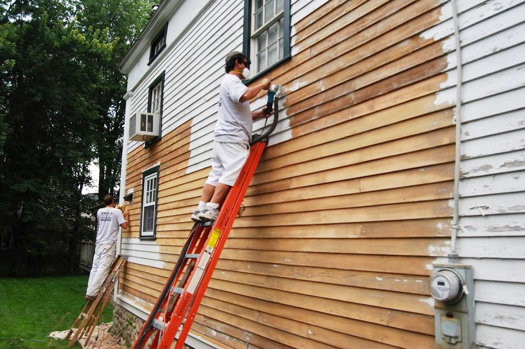 4 mistakes to avoid when hiring a house painter