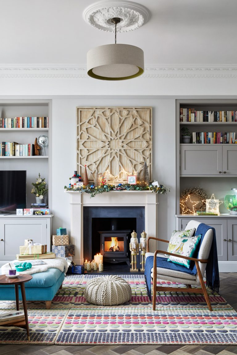Cozy Living Room In Winter: 5 Tips To Create A Cozy Home Atmosphere