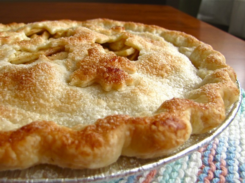 grandmas old fashioned apple pie easy secret recipe dessert apples cinammon nutmeg crust