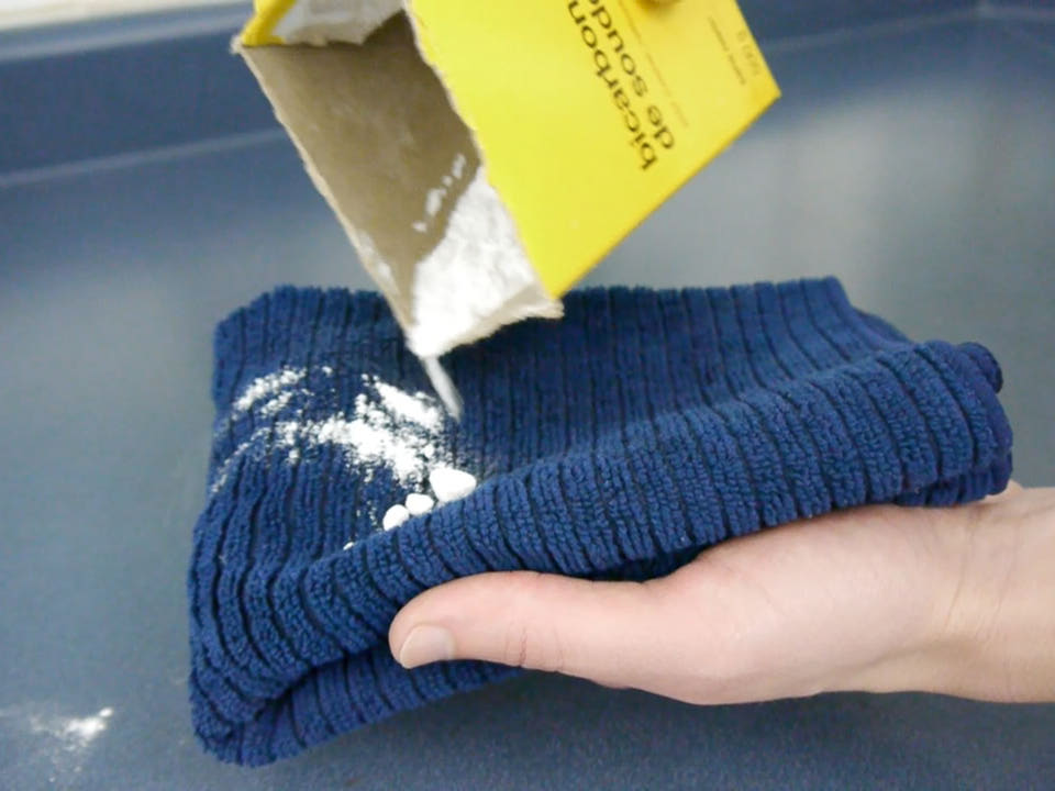 quick-tip-clean-with-baking-soda