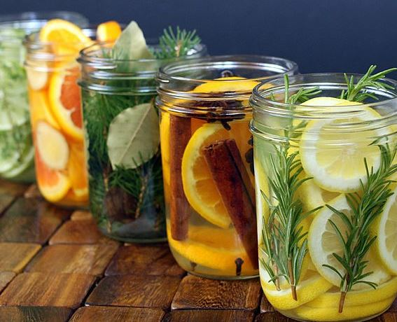 diy natural home deodorizers lemon vanilla  rosemary lavender cinnamon scent home smell all natural organic safe chemical-free