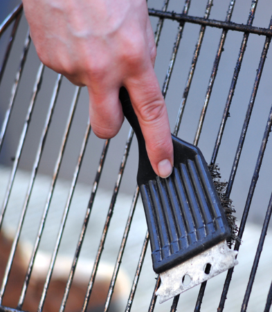 Barbeque Season Prep- Clean Your Grill With Coffee easy clean green non toxic no scrubbing2