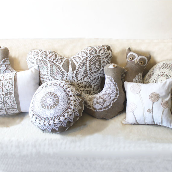 Decorating With Doilies - Take a Look at these Cute Ideas bowls pillows table runner starch easy diy budget vintage thrift store5