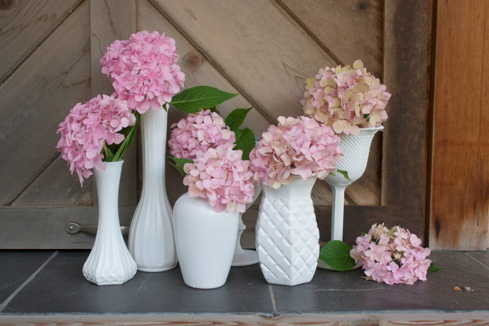 DIY- Create Your Own Milk Glass Vases for Cheap! spray paint thrift store budget easy1
