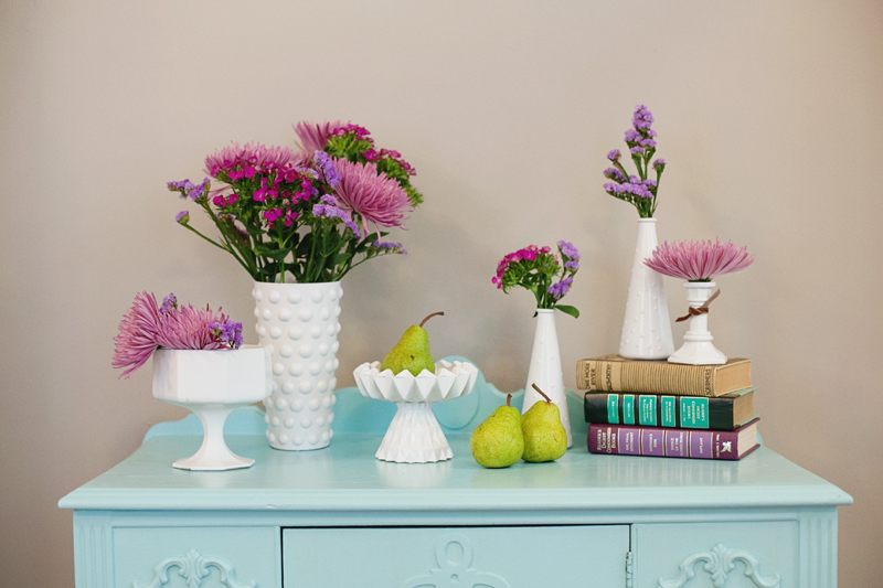 DIY- Create Your Own Milk Glass Vases for Cheap! spray paint thrift store budget easy3