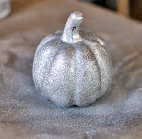Make These Faux Mercury Glass Pumpkins Using Dollar Store Finds!7
