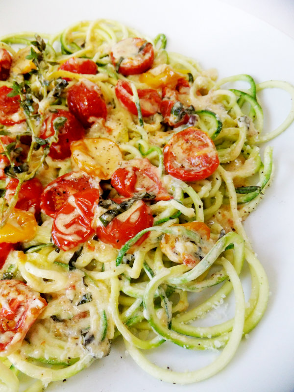 Shed Pounds with this Creamy Zucchini Noodle Pasta cheese vegetarian diet low calorie1