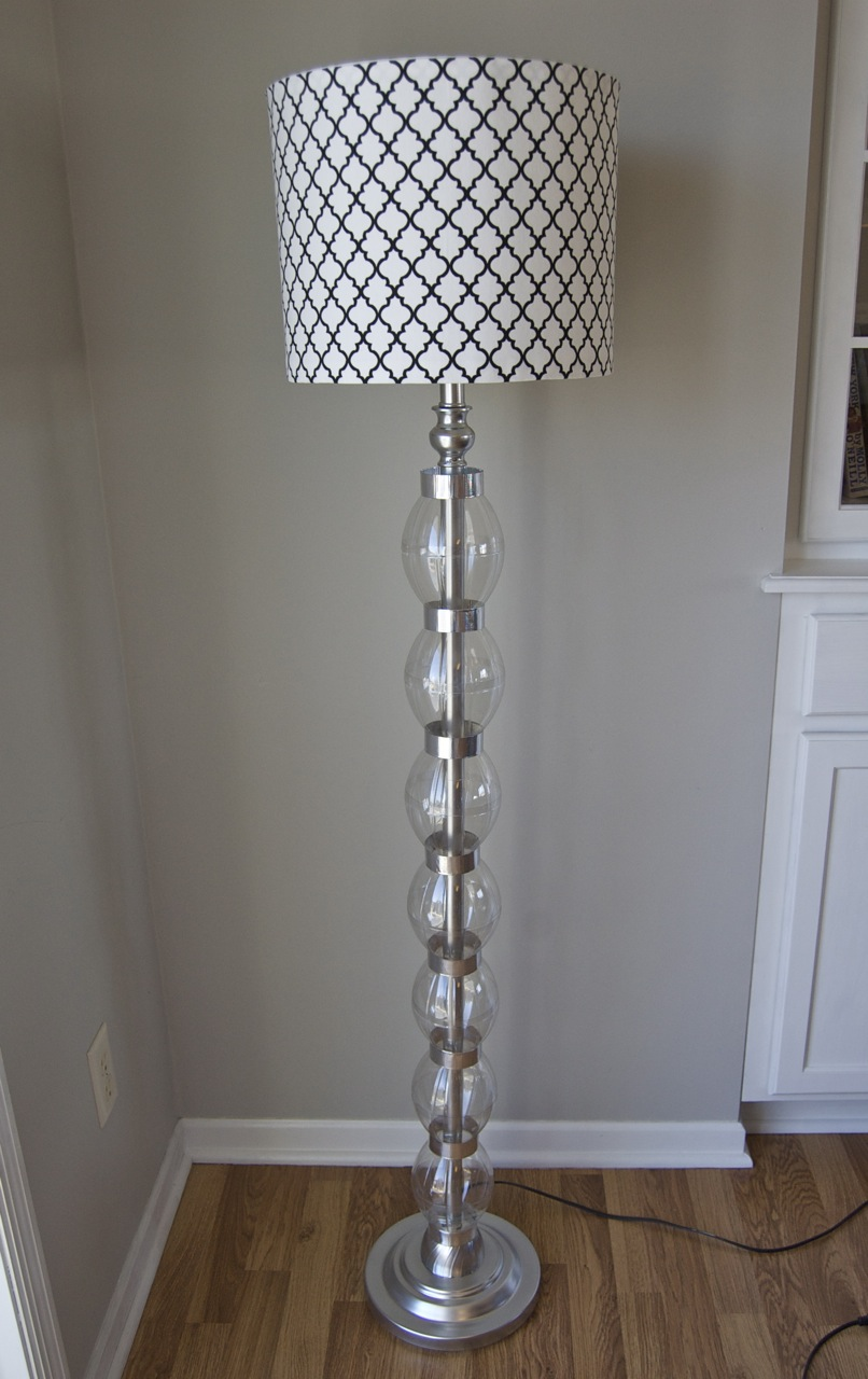 Glam on a Budget! DIY Stacked Glass Ball Bauble Lamp coke bottles plastic spray paint cheap DIY1