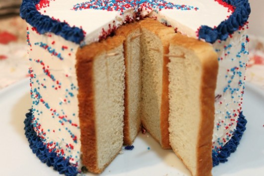 This Easy Bread Trick Will Keep Your Cake from Going Stale!2