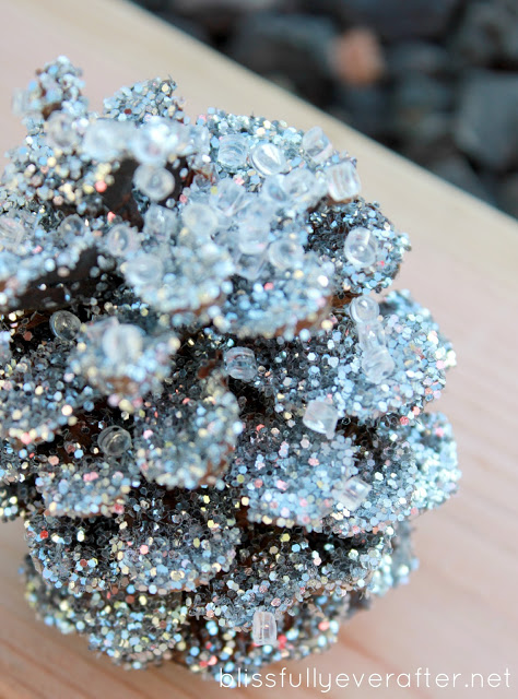 DIY: Glittery Pottery Barn Pinecones budget dollar store glitter cheap easy natural rustic2