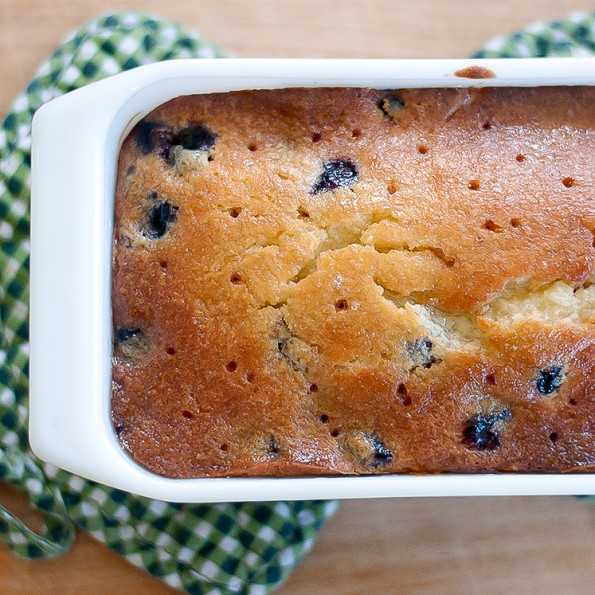 Easy and Quick Blueberry Bread With Lemon Glaze3