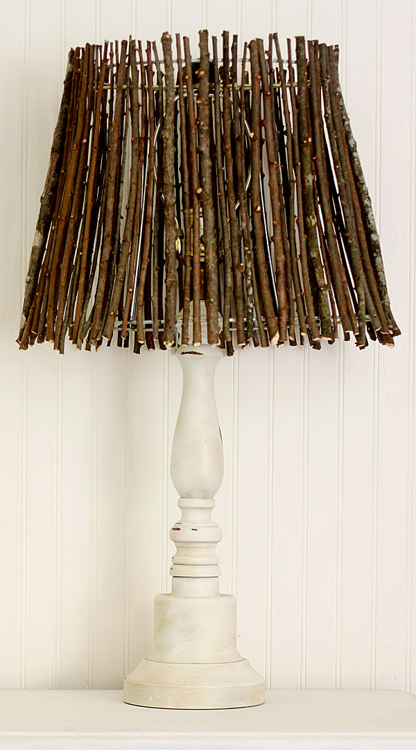 Make This Twig Lampshade For Fall! thrift store glue gun easy cheap diy budget decor autumn fall1