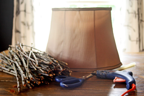 Make This Twig Lampshade For Fall! thrift store glue gun easy cheap diy budget decor autumn fall2