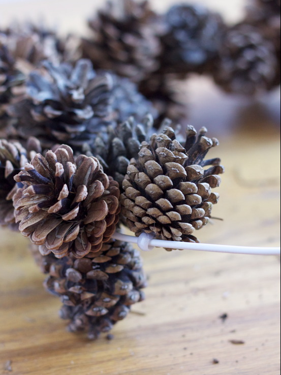 Holiday DIY: Easy Budget-Friendly Pine Cone Wreath christmas craft easy wire cheap5