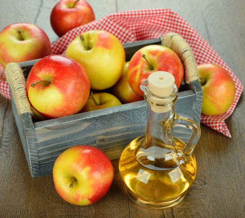 8 Ingenious Ways You Can Use Apple Cider Vinegar in Your Home!1