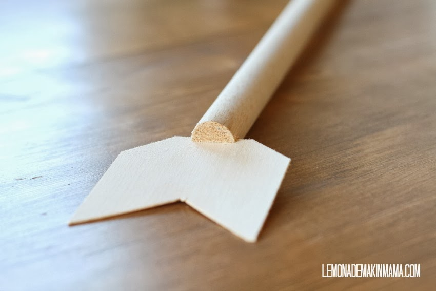 Make This Arrow Jewellery Holder for Under $10! budget cheap organizing easy craft dowel rod wood paint4