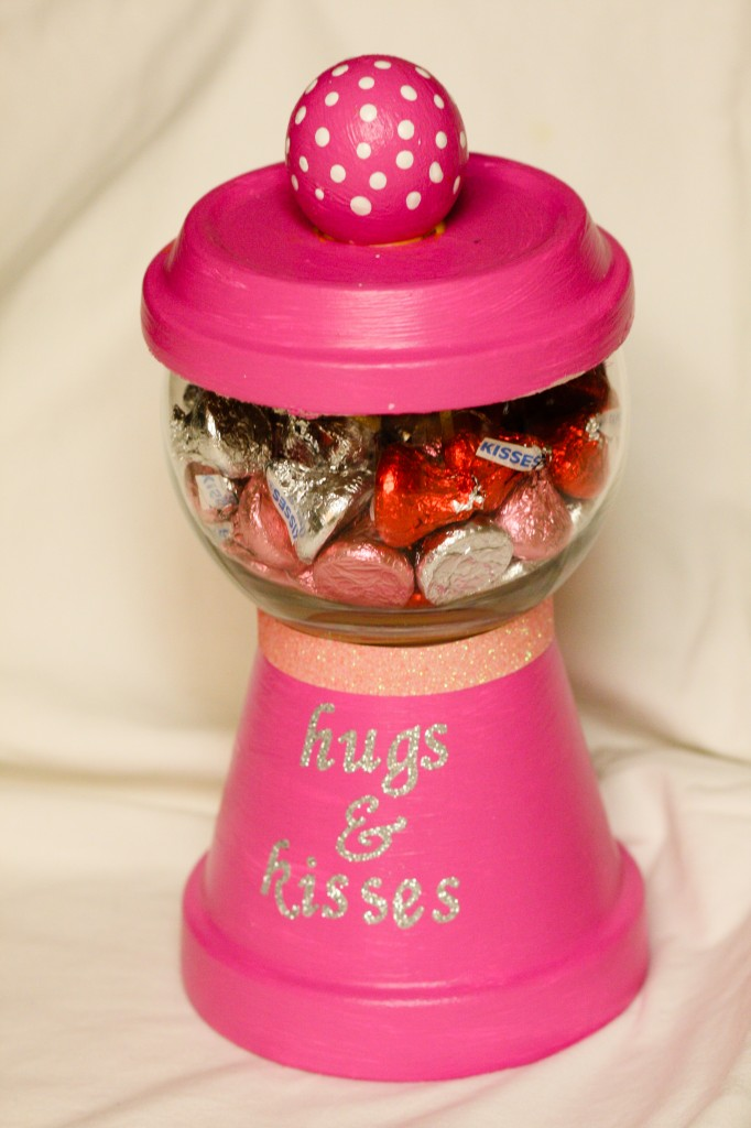 Make This Terracotta Pot Gumball Machine With Your Kids This Valentine's Day!1