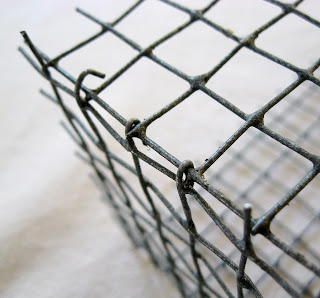 DIY: These Adorable Shabby Chic Wire Baskets are So Easy to Make, and They're Budget-Friendly!6