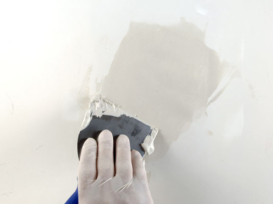 DIY Home Repair: How to Fix Drywall Holes Yourself for Cheap! home repair easy budget do it yourself spring cleaning home old house wall fix budget construction remodelling10