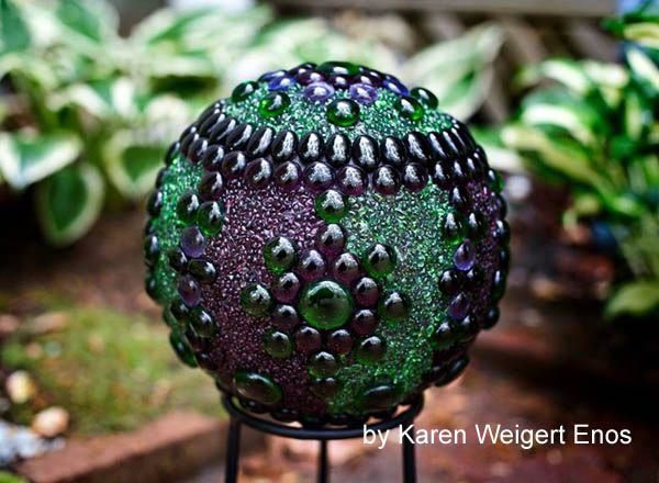 Make These Whimsical Garden Spheres for Under $20! gardening budget easy spring summer flowerbed vegetable lawn decor cheap empress of dirt9