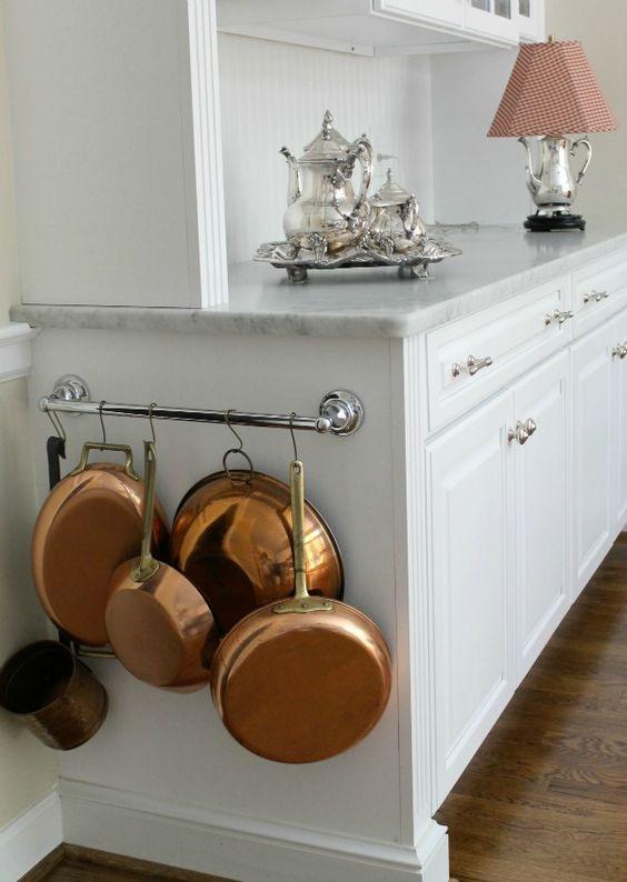 kitchen hanging pots