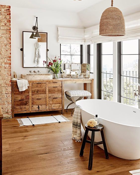 wood floor in the bathroom decorating ideas and mistakes